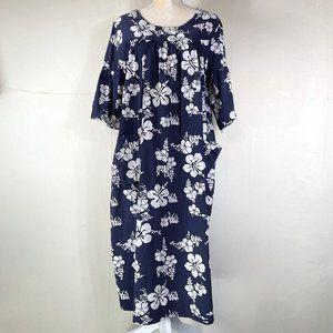 PLUS SIZE Vintage Hawaiian Made Blue/White MuuMuu